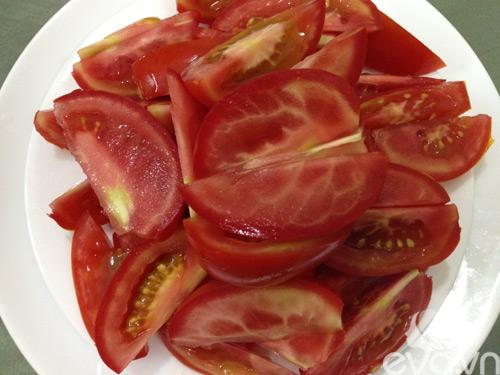 Cách tẩy lông chân bằng cà chua tại nhà, bạn đã thử?2