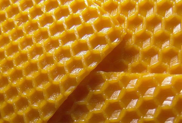Tẩy lông nách với sáp ong