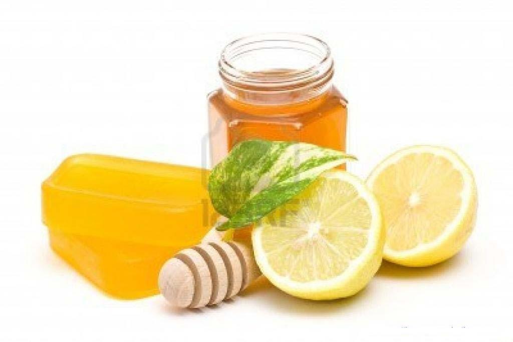 Tẩy lông nách bằng phương pháp tự nhiên với hỗn hợp nước cốt chanh, đường và mật ong